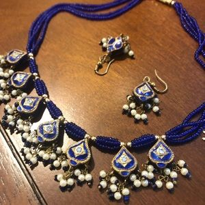 Jewelry - Kundan necklace and earring set